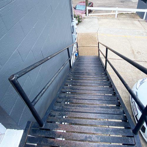 201_Photo_3_stairs_Exterior_Athens_Ohio_45701