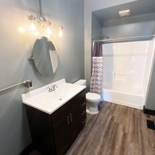 1_Mound_Photo_9_Bathroom_Athens_Ohio_45701