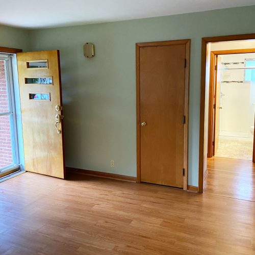 27_Ohio_Avenue_Photo_4_Living_Room_Athens_Ohio_45701
