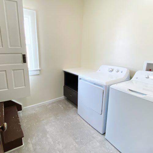61_Sunnyside_Photo_14_Laundry_Room_Athens_Ohio_45701