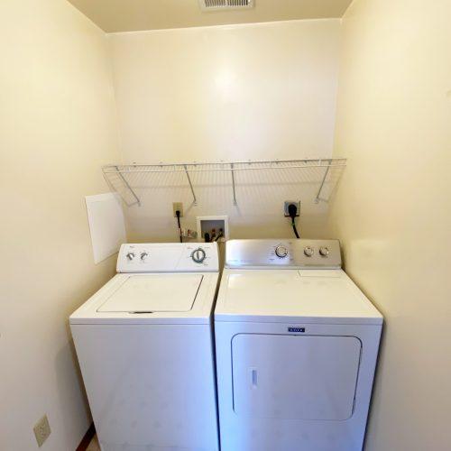 5_North_Court_St_Photo_13_Laundry_Athens_Ohio_45701