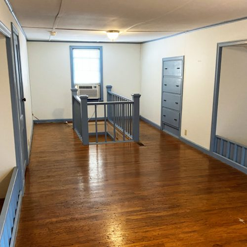 70_S_Shannon_Photo_14_Upstairs_Bedroom_Athens_Ohio_45701